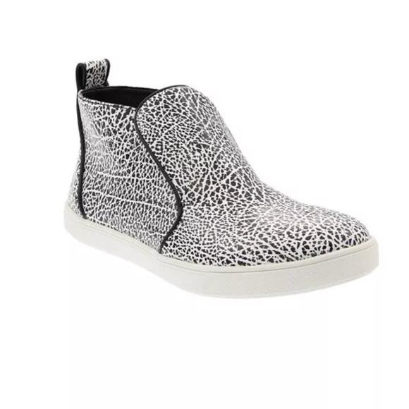 f762841e8f8d Sam Edelman Jadyn fashion Circus sneaker bootie 9.  M 5b8169ccde6f62ba57c25f84